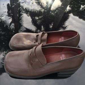 Used 9 West Cloud 9 Size 9.5 Brown Chunky Loafers